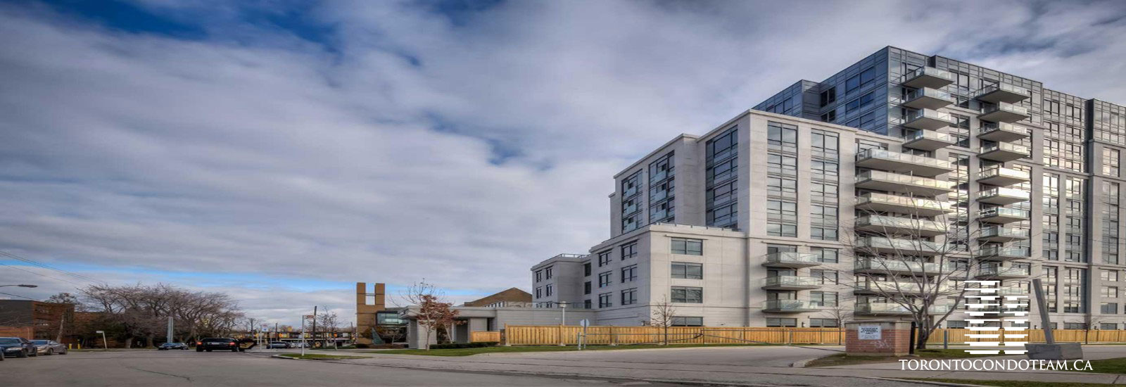 35 Saranac Blvd Condos For Sale