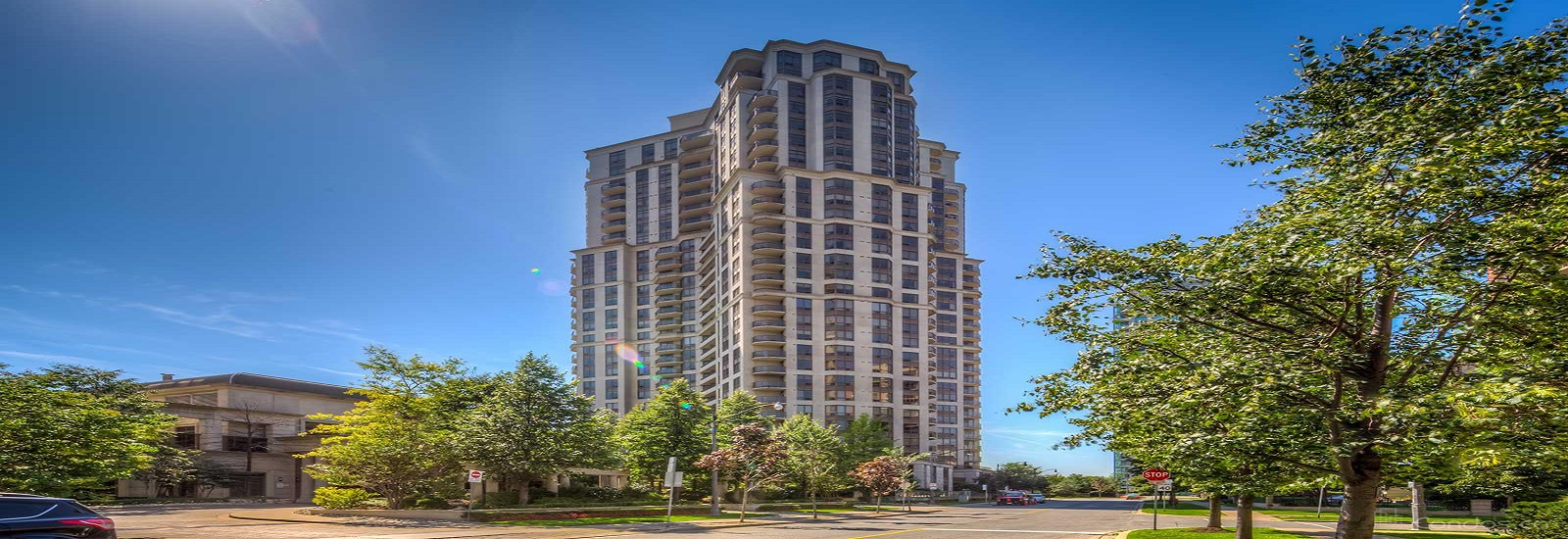 78 Harrison Garden Blvd Condos For Sale