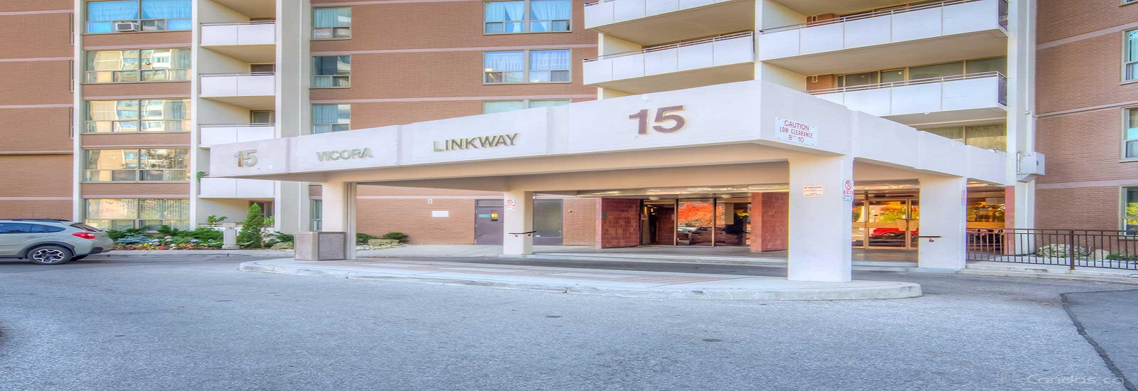 15 Vicora Linkway Condos For Sale