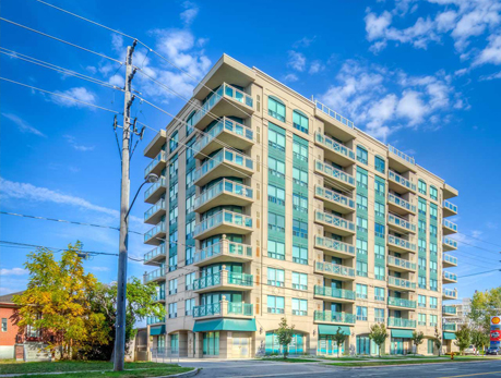 920 Sheppard Ave W Bathurst Manor Condos