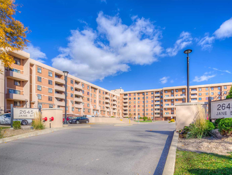 2645 Jane St Downsview-Roding-CFB Condos