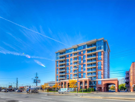 2772 Keele St Downsview-Roding-CFB Condos
