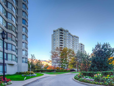 1121 Steeles Ave W Westminster-Branson North York Condos