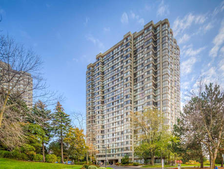 131 Torresdale Ave Westminster-Branson North York Condos