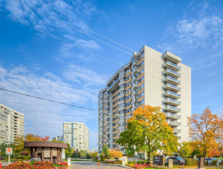 90 Fisherville Rd Westminster-Branson North York Condos