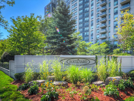 188 Doris Avenue Willowdale East North York Condos