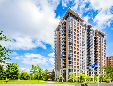 880 Grandview Way Willowdale East North York Condos