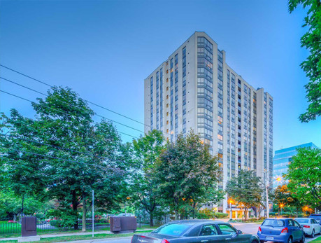 5 Kenneth Ave Willowdale East North York Condos