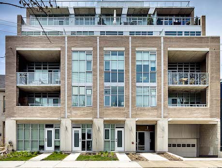 549 KING ST EAST